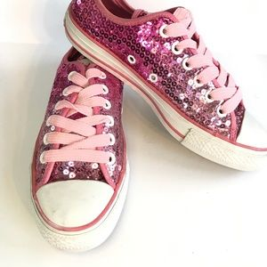 Converse Shoes - Converse All Stars Low top Sequin Size 7 EUC